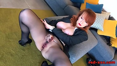 British mature Red XXX will do anything to sell this house