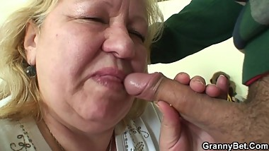 He picks up huge old grandma for cock riding