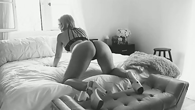 StepSon films me twerking my ass (Mom - Milf - Mature - Cougar)