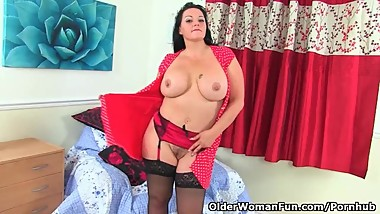 English milf Devon Breeze needs that stuffed feeling