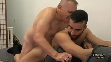 Dirty old grandpa fucks a muscular stud in his 20s