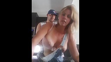 Milf Brittany Jackson xoxo bangs stepson in kitchen