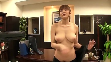 Super coquettish Chinese mature woman 风骚熟女60岁
