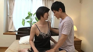 Japanese beautiful mature has sex with her stepson