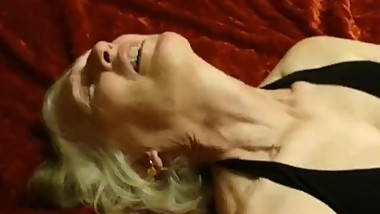 PornDevil13 .. Exposing Mature Slut Sue (3)