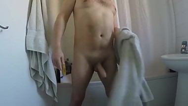 Watch me shower and Cum hard
