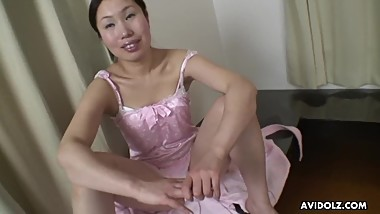 Yuri Ishikawa is amusing her husband's good friend while fucking