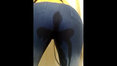 Wetting and pissing in my Jeans