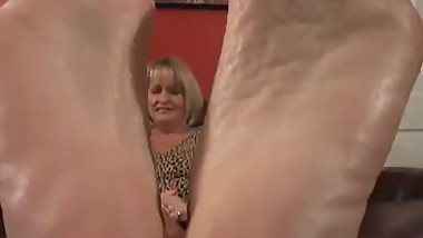 Simones Mature Fucking Stinky Vinegar Feet