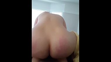 MINDBLOWING REVERSE COWGIRL ENDS IN CREAMPIE - PREMATURE CUM IN PUSSY