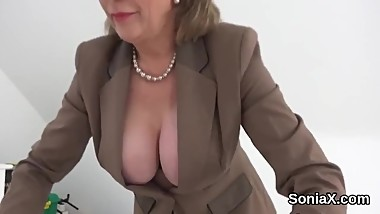 Unfaithful english milf lady sonia shows off her enormous tits