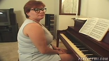 BBW milf red head piano teacher fucks by 2 guys
