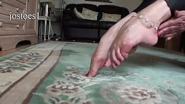 mature woman pointed feet