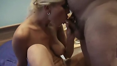 My Best Friends Busty Mom Gets Fucked by my Grandpa