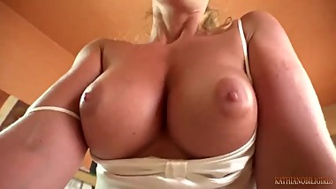 Mommy breakfast in bed  SexPov