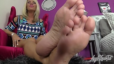 Nikki Ashton - Slow Jerking To My Soles - Feet JOI