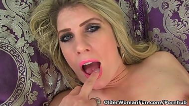 English milf Ashleigh needs a good dildo fuck