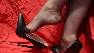 Mature Nylon Feet High Heels Shoes