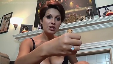 Short haired Mature giantess cheap whore shrinks a man