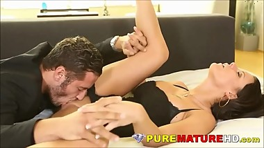 Gorgeous Mature Peta Jenson Tooling With Big Dicked Toyboy