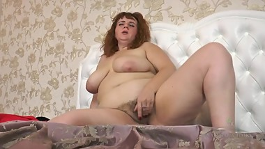 HAIRY BBW MILF - FISHNETS