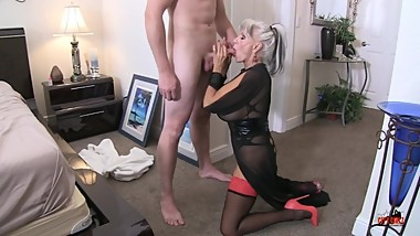 Sex with my auntie taboo creampie close-ups