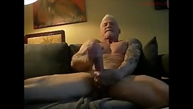 Muscle Daddy Webcam 2