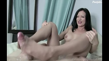 Mature Pantyhose Footjob Cum