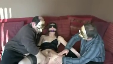 Mature pleases 3 guys