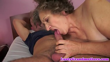 Hairypussy mature enjoys the hard pounding