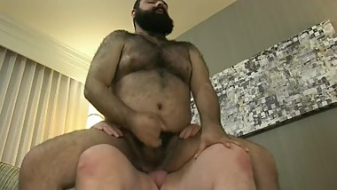 Ride Hairy Bear Fuck