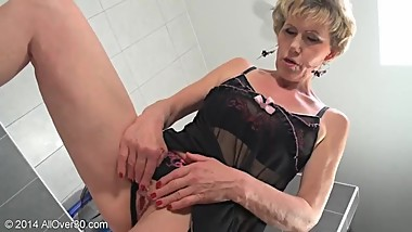 Mature Blonde MILF Georgina Sex and Lingerie