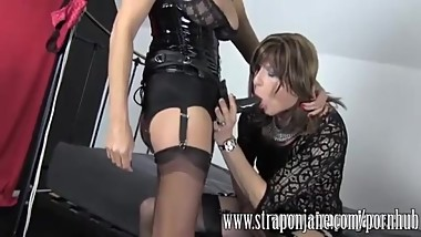 jane makes sissy cum in stocking while fucking