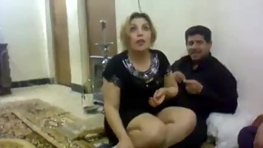Iraqi husband and wife in a party