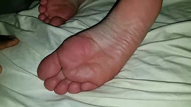 Caught By StepMom FootWorship JungleKiing