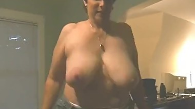 hanging saggy tits milf