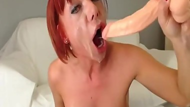Mature camwhore sloppy gagging deepthroat
