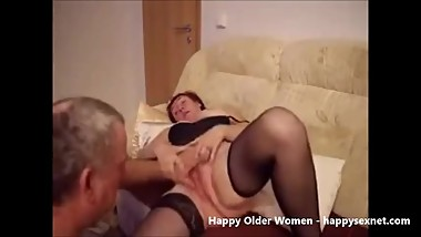 Old Bitch fingered. Amateur Older