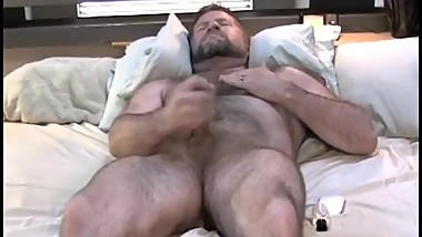 Muscle Bear Daddy JO