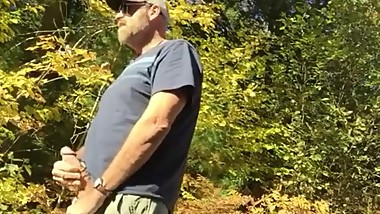 DADDY_ON_CAM_025_JERKOFF_OUTDOOR