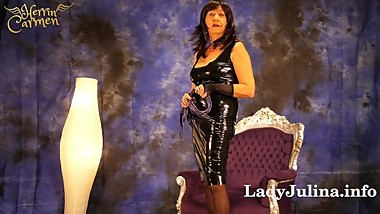 Werde Leck- und Schlucksklave Latex Boots Heels Feet Mature German Domina