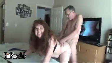 Mature fucking whore - madura follando puta