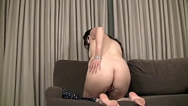 Girl Masturbating in Hotel - Newbie Playing With Pussy - Home Made Porn
