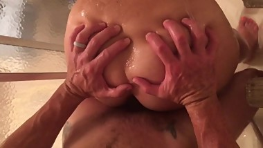 """Cum get wet and fuck me in the shower"""