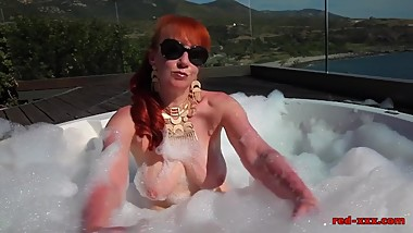 Red's sizzling sun drenched finger fuck