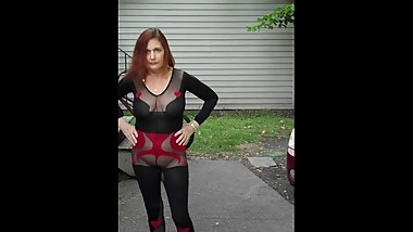 Redhot Redhead Show 9-28-2017 Pt. 2 (Caught in Public)
