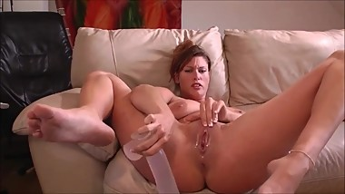 Hot Bust Mommy Using A Dildo To Make Her Squirt