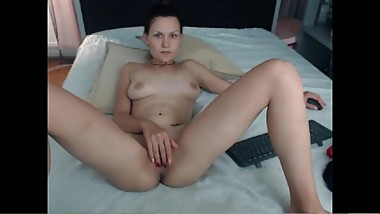 CAMGIRL BB_25 (ANGIE) NUDE, FINGERING, PLAYING, SMOKING 080917 12M
