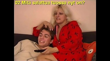 Slideshow with Finnish Captions: Mom Hilda 1