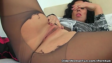 Spanish milf Montse Swinger dildo fucks her nyloned cunt